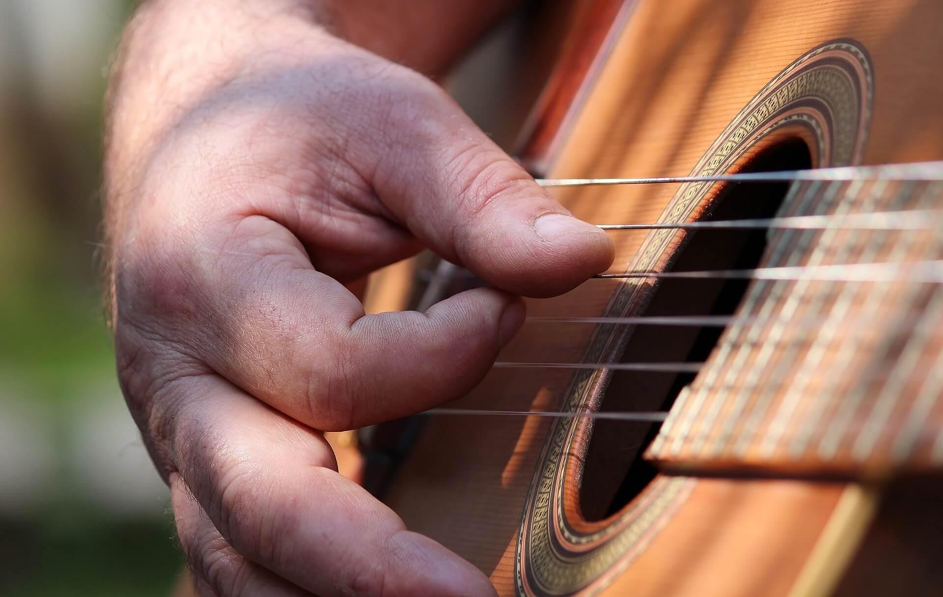 """""""Ich mache Musik"""" statt """"Ich bin Musiker"""""""